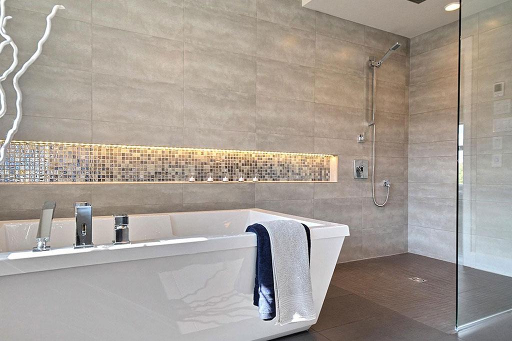 Installation céramique salle de bain - Céramique BG inc.